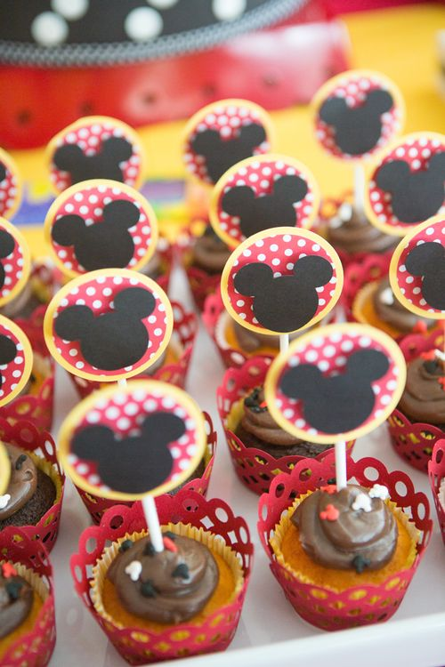 Pret-a-partay Mickey 15