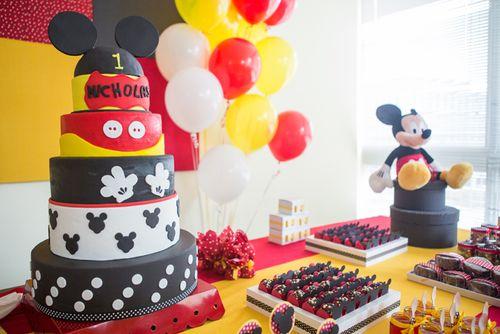 Pret-a-partay Mickey 7